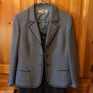 Tahiri pant suit - Size 10